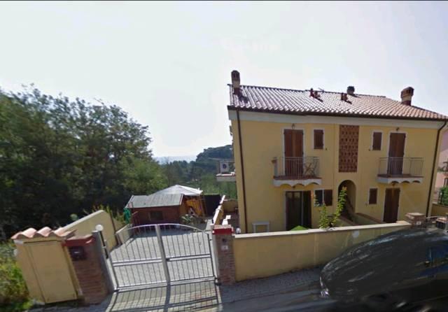 Appartamento in buone condizioni in vendita Rif. 6530953