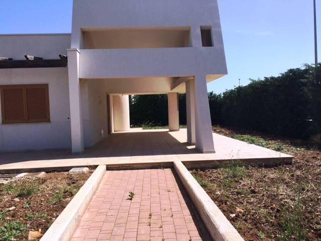 Villa in buone condizioni in vendita Rif. 6406542