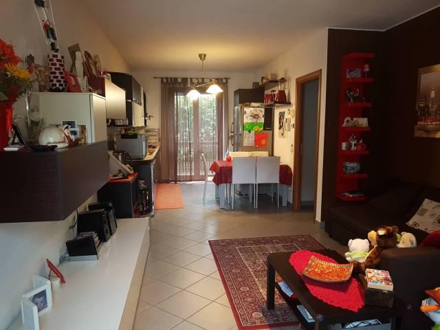 Appartamento in ottime condizioni in vendita Rif. 6539860
