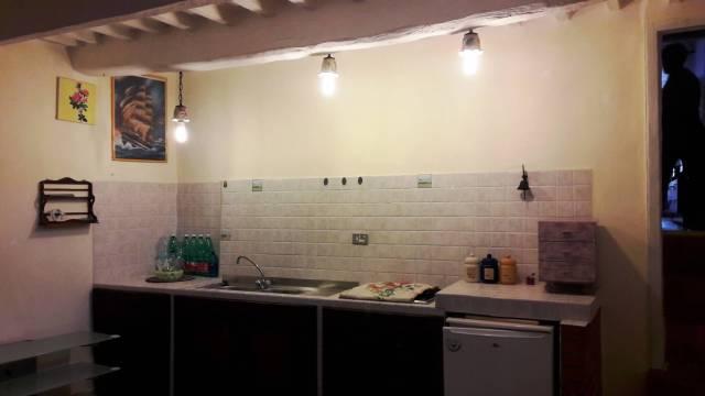 Appartamento in ottime condizioni parzialmente arredato in vendita Rif. 6536970