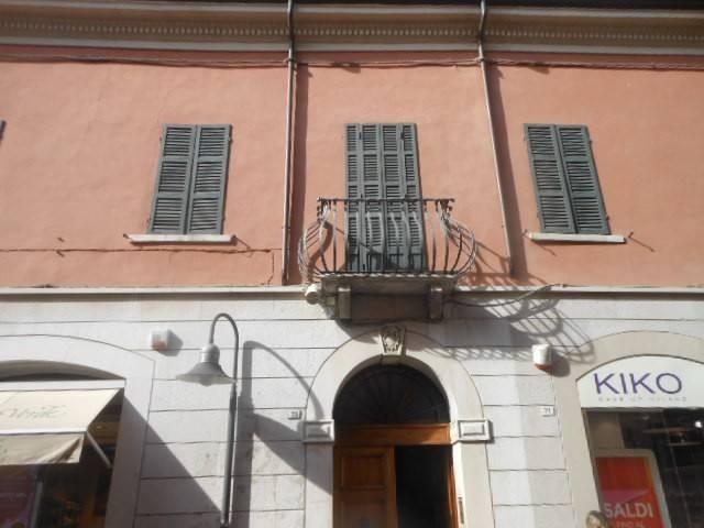 Appartamento in Vendita a Ravenna Centro: 5 locali, 490 mq