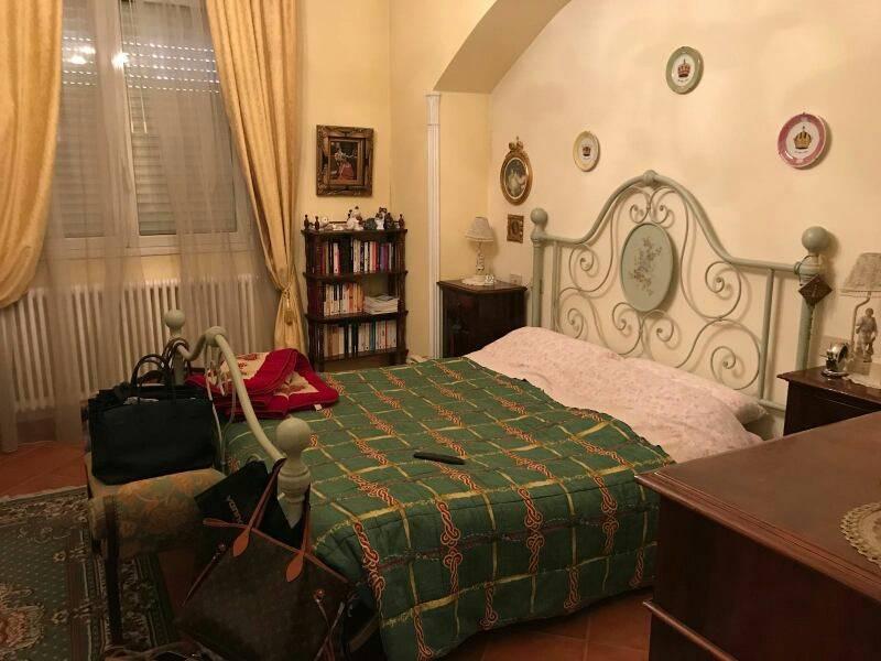 Casa indipendente in Vendita a Bagnacavallo Periferia: 5 locali, 277 mq
