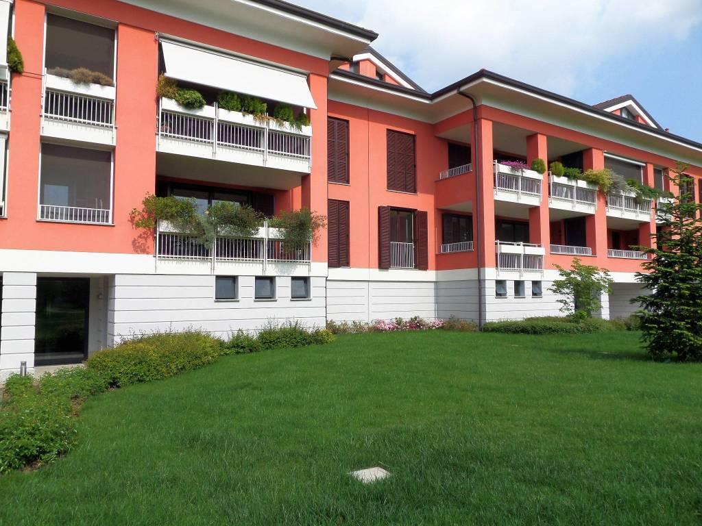 Appartamento parzialmente arredato in vendita Rif. 6540285
