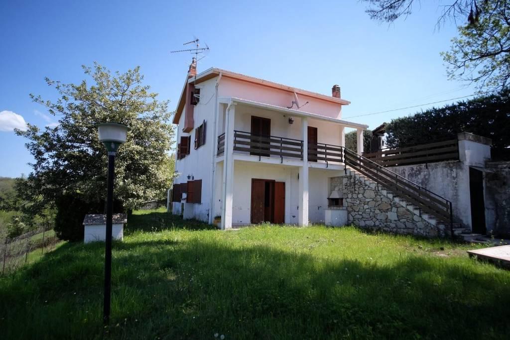 Villa in affitto a Torricella in Sabina in Via Dei Colli