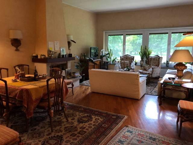Appartamento in ottime condizioni arredato in vendita Rif. 6537016