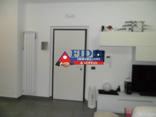 Appartamento in ottime condizioni in vendita Rif. 6538254