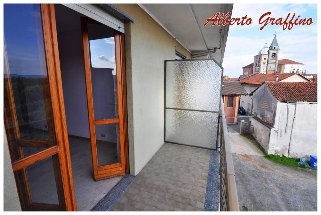 Appartamento in vendita a San Benigno Canavese, 4 locali, prezzo € 70.000 | CambioCasa.it