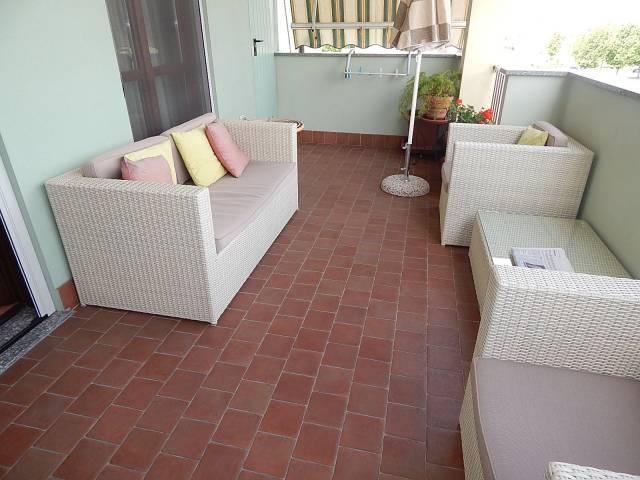 Appartamento in vendita a Trecate, 3 locali, prezzo € 145.000 | CambioCasa.it