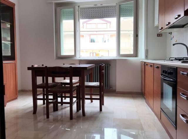 Appartamento, viale alcide de gasperi, Affitto/Cessione - Vibo Valentia
