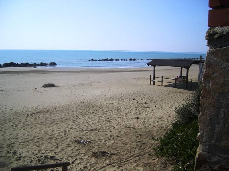 Appartamento a 100 m dalla spiaggia, zona oltre ponte