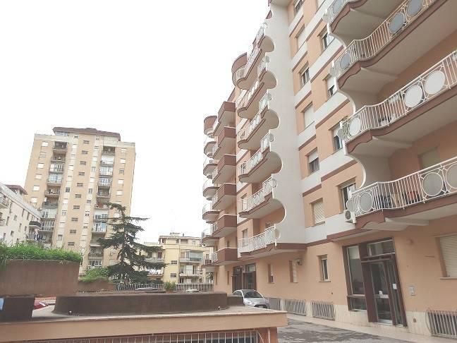 Appartamento da ristrutturare in vendita Rif. 6551533