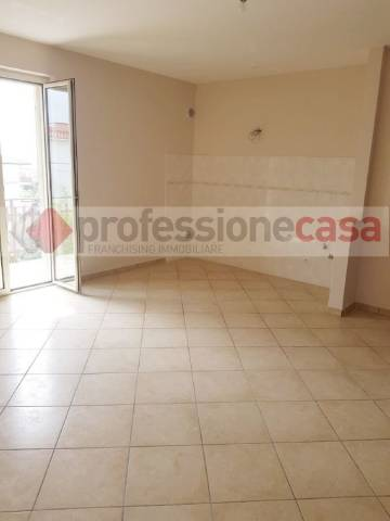 Appartamento in affitto a Piedimonte San Germano, 3 locali, prezzo € 350   CambioCasa.it