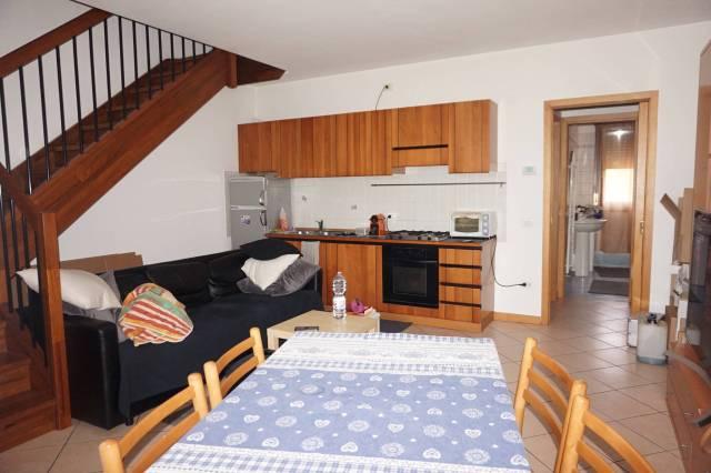 Appartamento in ottime condizioni parzialmente arredato in affitto Rif. 6552083