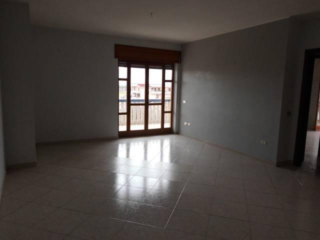 Appartamento in buone condizioni in affitto Rif. 6553713