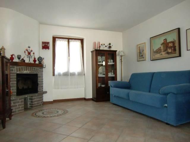 Appartamento in ottime condizioni in vendita Rif. 6551057