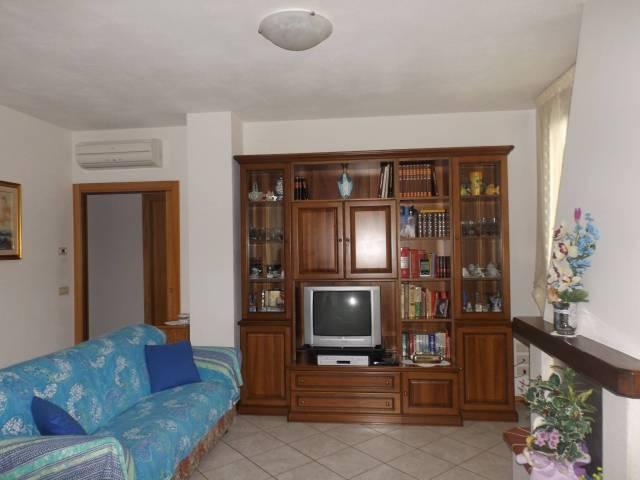 Castiglion Fibocchi appartamento indipendente con giardino