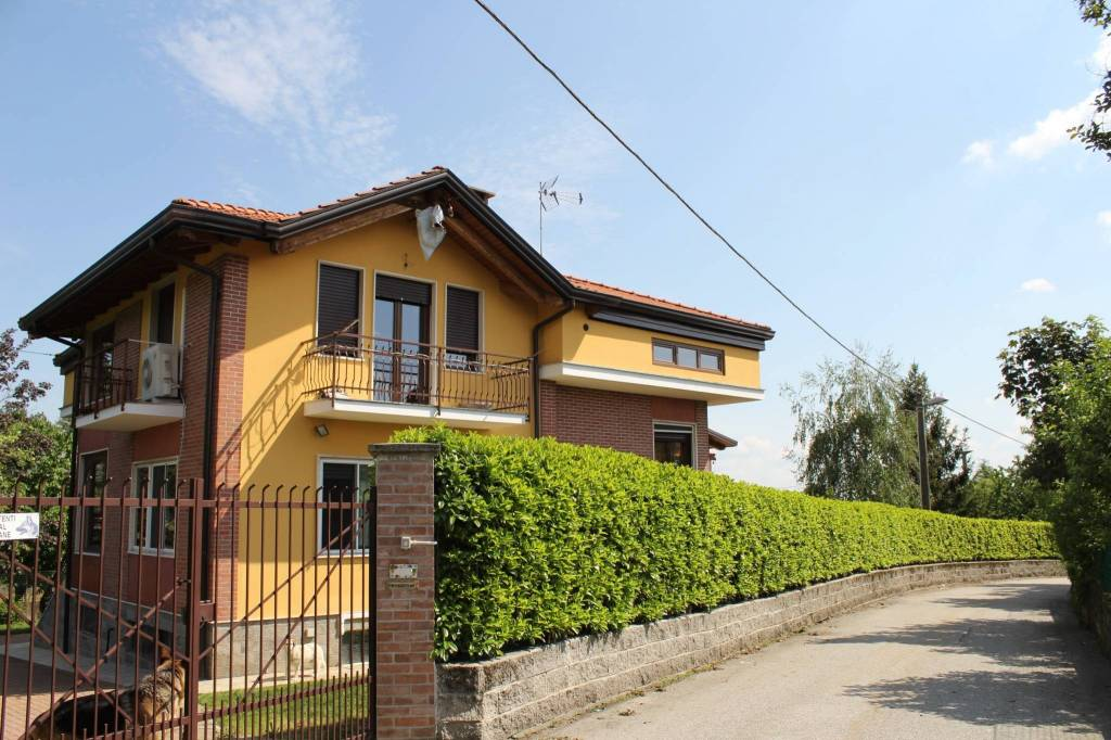 Villa in ottime condizioni in vendita Rif. 6552572