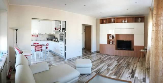 Appartamento in ottime condizioni in vendita Rif. 6553851