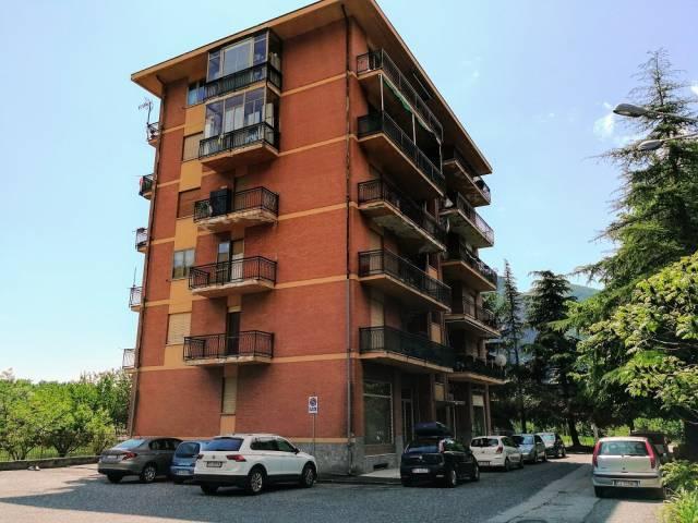 Appartamento in buone condizioni in vendita Rif. 6549803