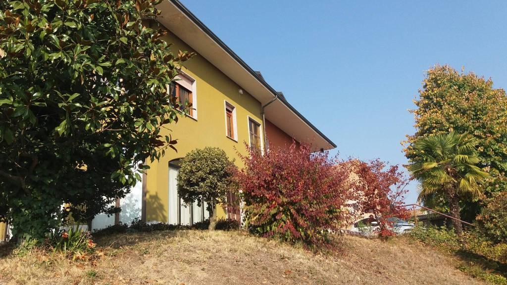 Villa in vendita a Priocca, 6 locali, prezzo € 180.000 | CambioCasa.it