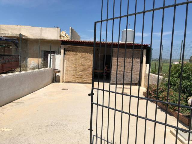 Villa in Affitto a Menfi: 3 locali, 60 mq