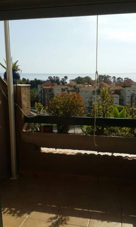 Appartamento in ottime condizioni arredato in affitto Rif. 6566879