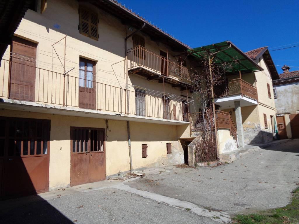 Rustico / Casale in vendita a Pocapaglia, 10 locali, prezzo € 125.000   PortaleAgenzieImmobiliari.it
