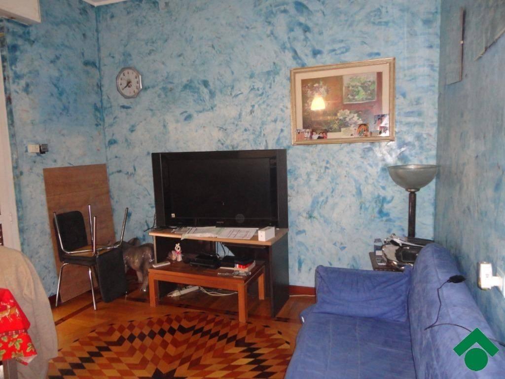 Appartamento in ottime condizioni in vendita Rif. 9136219
