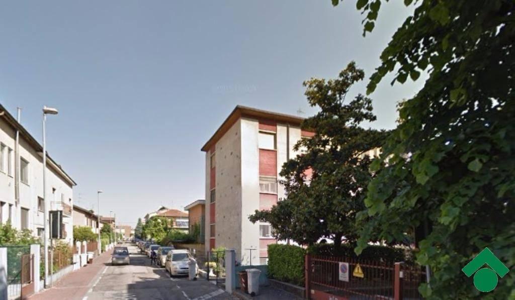 Appartamento da ristrutturare in vendita Rif. 9137521