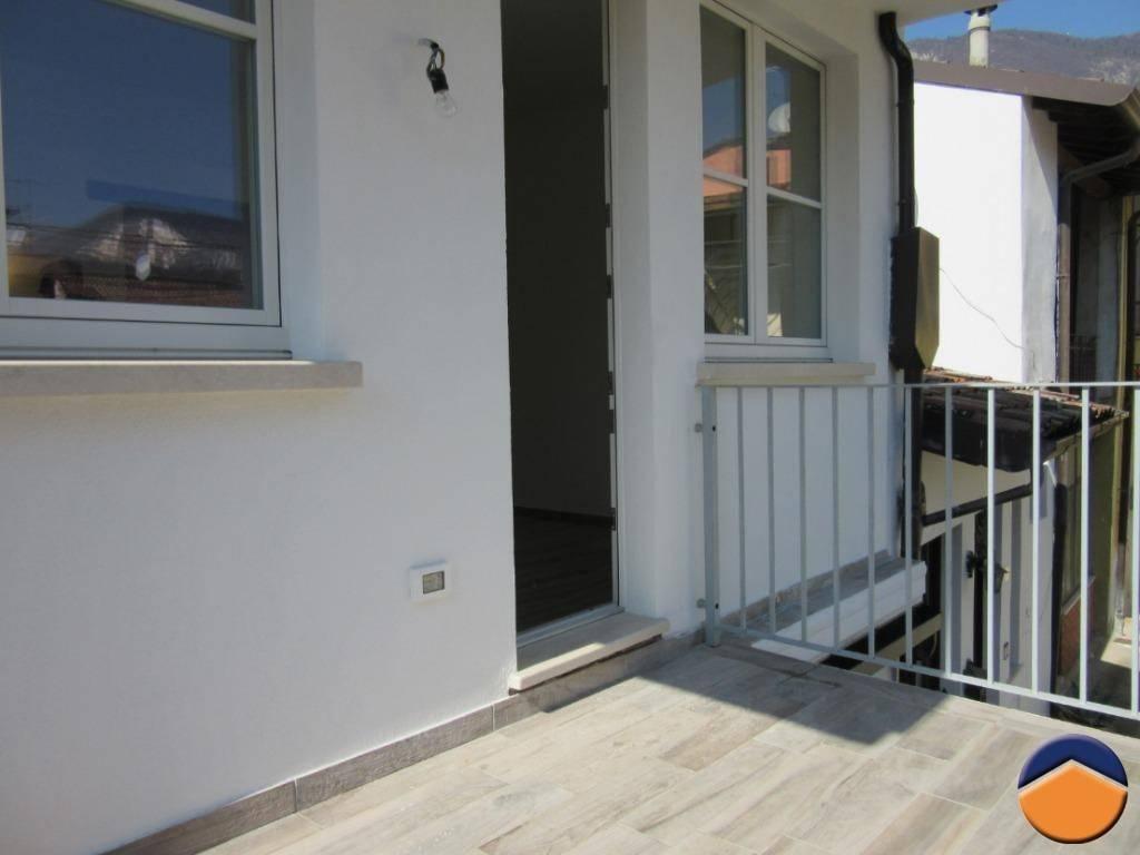Appartamento in ottime condizioni in affitto Rif. 9213239