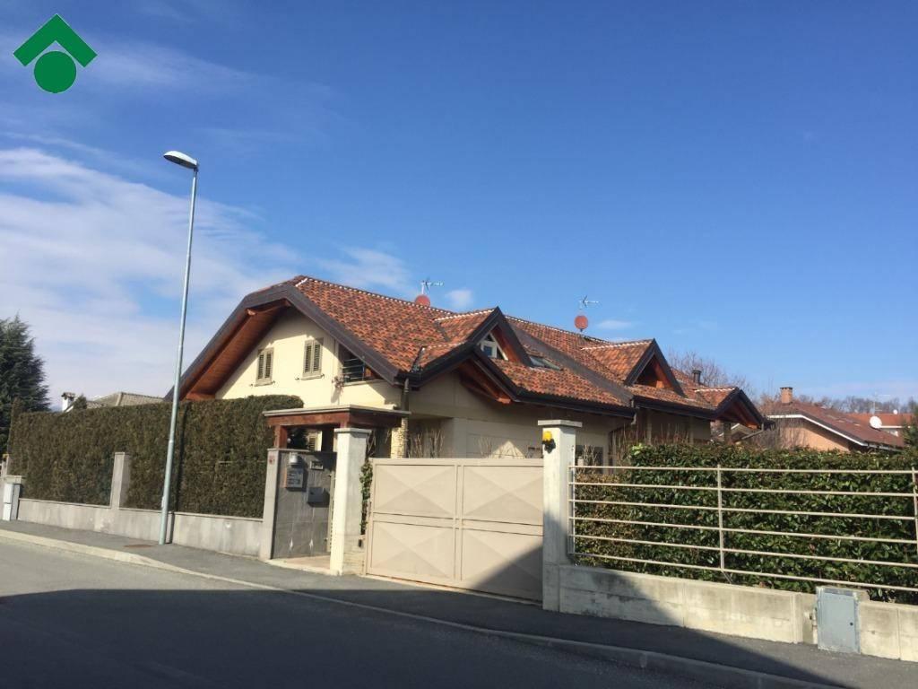 Villa in ottime condizioni in vendita Rif. 9362023