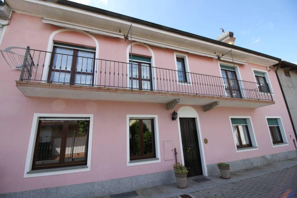 Foto 1 di Rustico / Casale via Cossolo 38, Villastellone