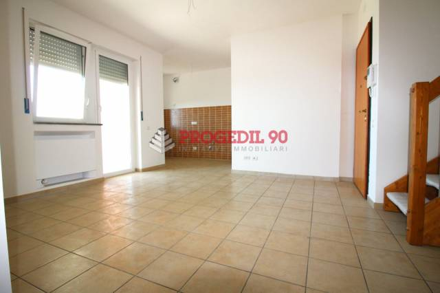 Appartamento arredato in vendita Rif. 6474181