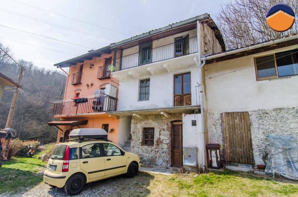 Rustico / Casale da ristrutturare in vendita Rif. 9154565