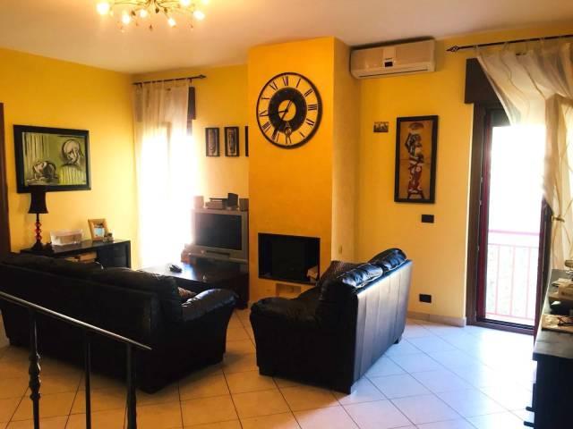 Appartamento in ottime condizioni in vendita Rif. 6566238