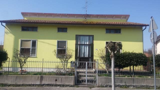 Villa in buone condizioni in vendita Rif. 6568274