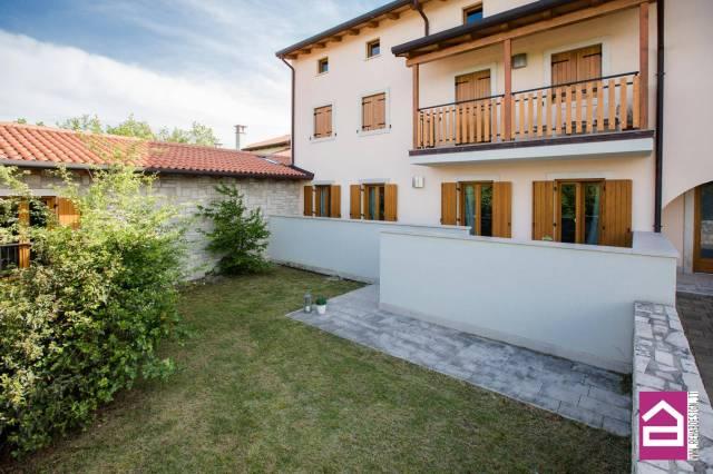 Appartamento in vendita a Duino-Aurisina, 3 locali, prezzo € 175.000 | Cambio Casa.it