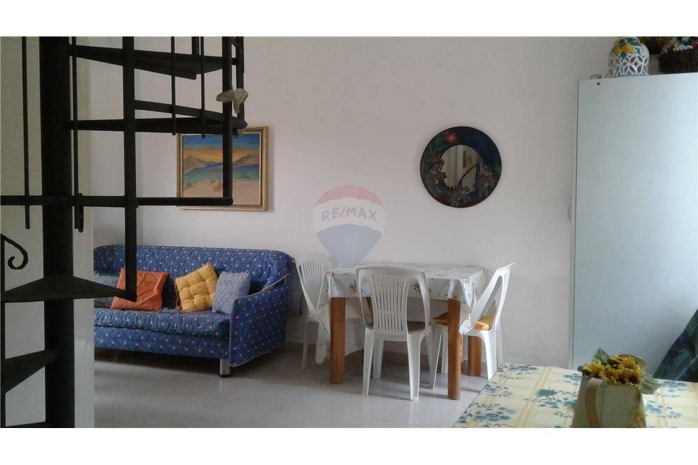 Appartamento in buone condizioni in vendita Rif. 6566283