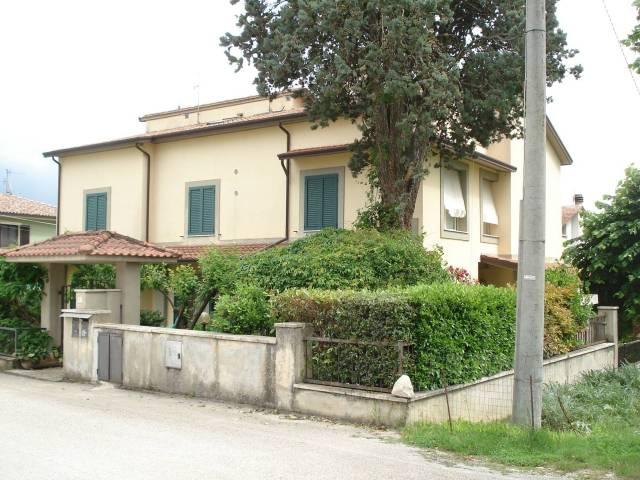 Appartamento in ottime condizioni in vendita Rif. 6565036