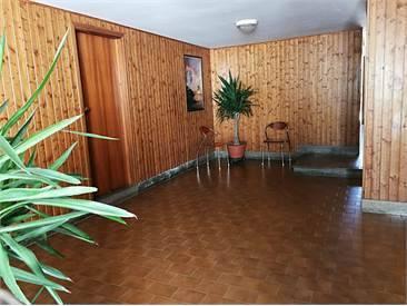 Appartamento in buone condizioni in vendita Rif. 6580915