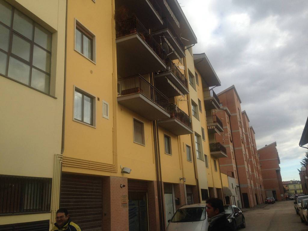 Locale Commerciale Rif. 6578108
