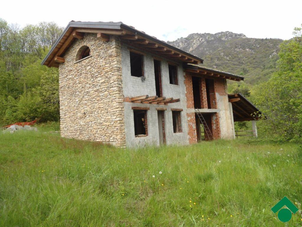 Rustico / Casale in vendita Rif. 9160216