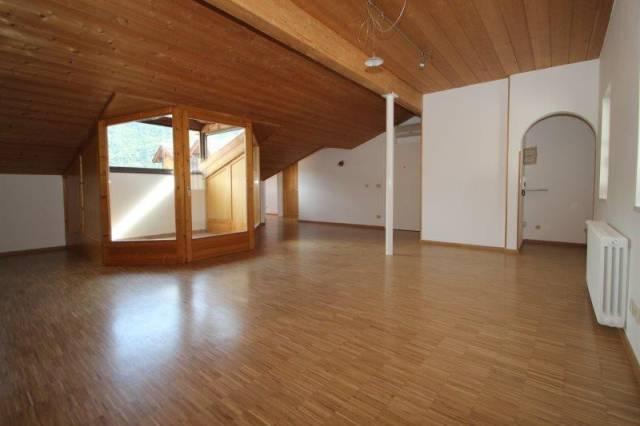 attico bolzano affitto   dei portici immobiliare ehrenstein