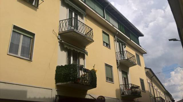 Attico in Vendita a Cameri: 3 locali, 72 mq