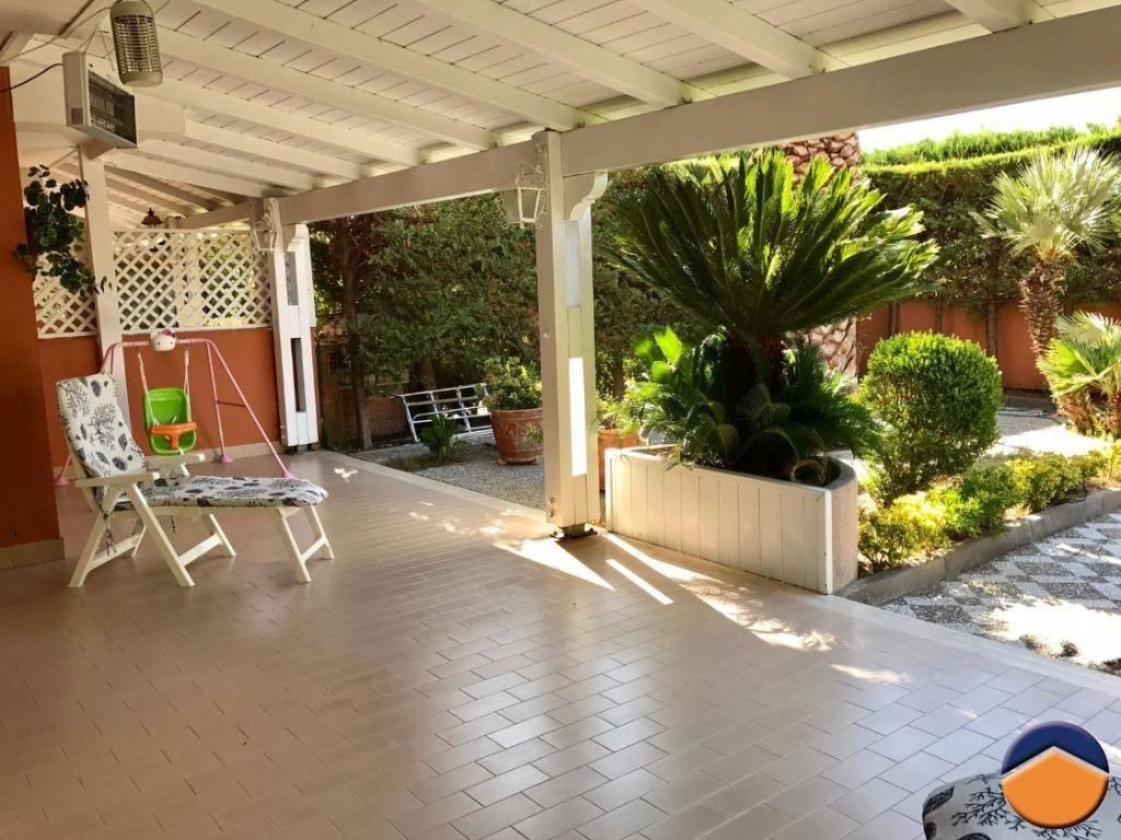 Villa in ottime condizioni in vendita Rif. 9160870