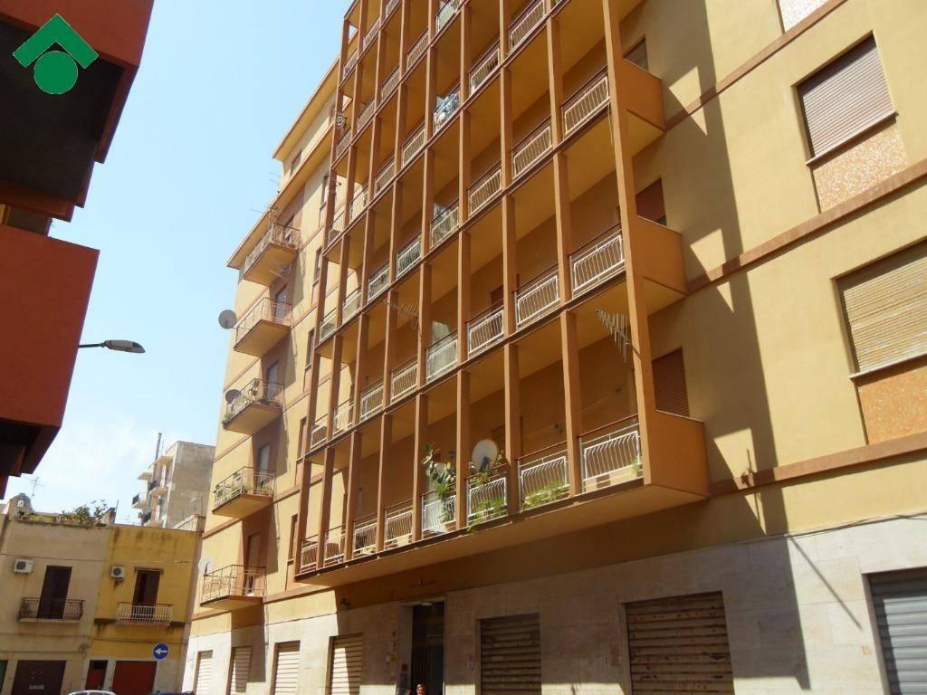 Appartamento da ristrutturare in vendita Rif. 9160722