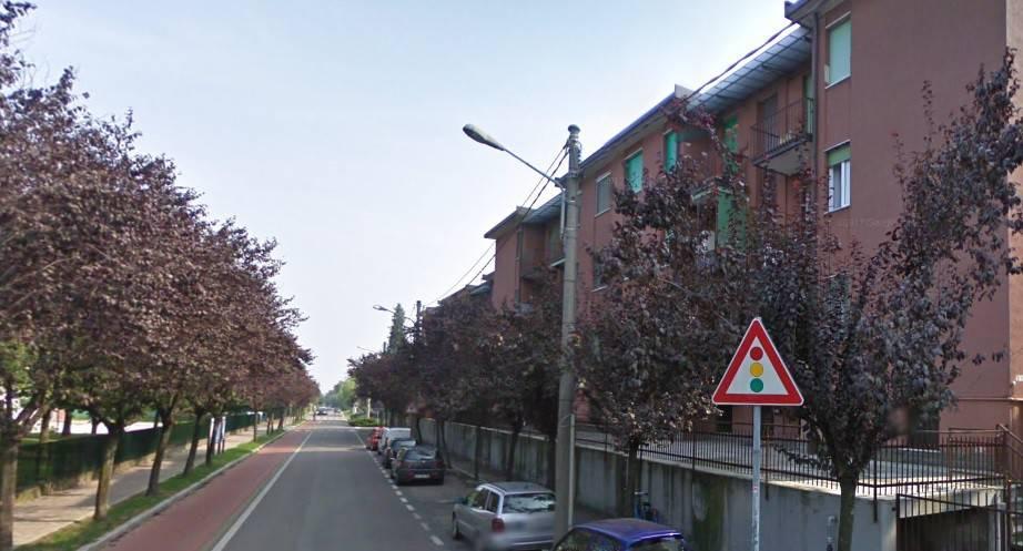 Appartamento in buone condizioni in vendita Rif. 9448189