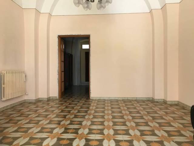 Appartamento da ristrutturare in vendita Rif. 6577684