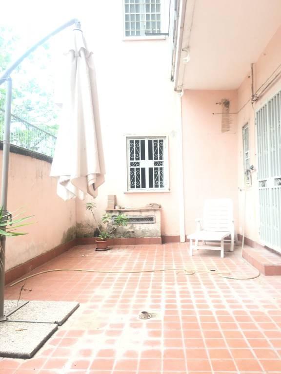Appartamento in buone condizioni in affitto Rif. 6579907