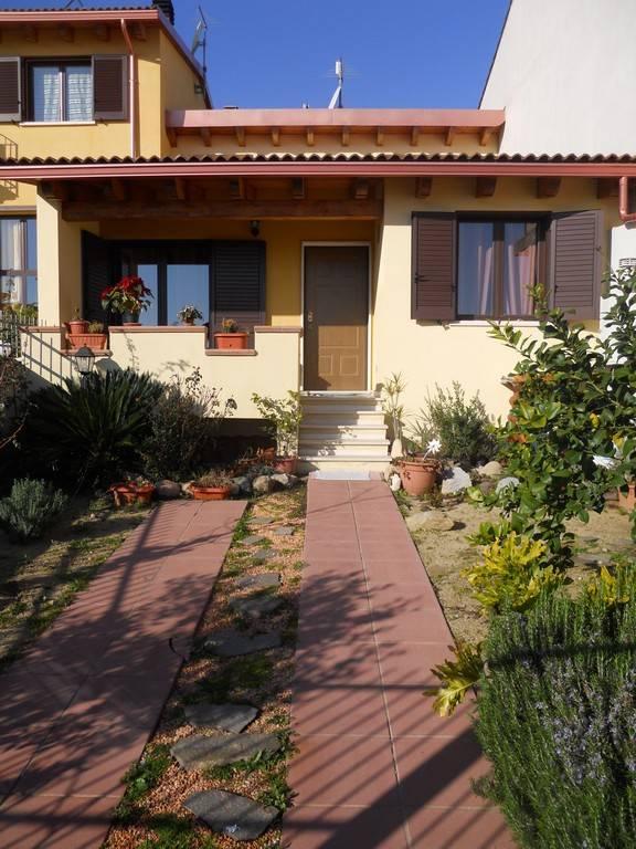 Villetta a schiera in ottime condizioni in vendita Rif. 8268463